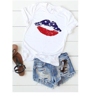 NWT Distressed American Flag Lips Graphic Tee
